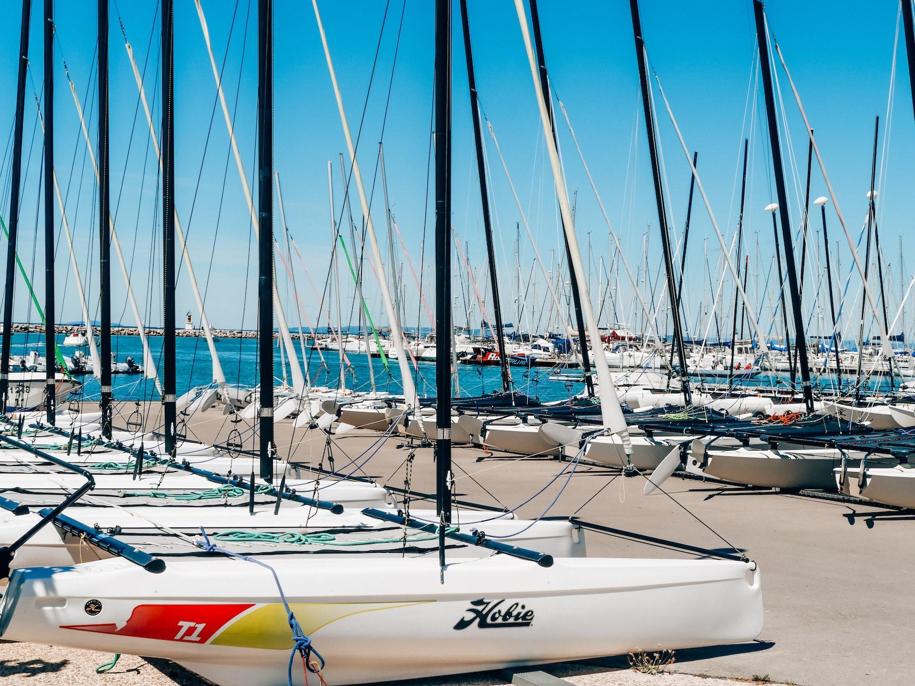 visiter port camargue